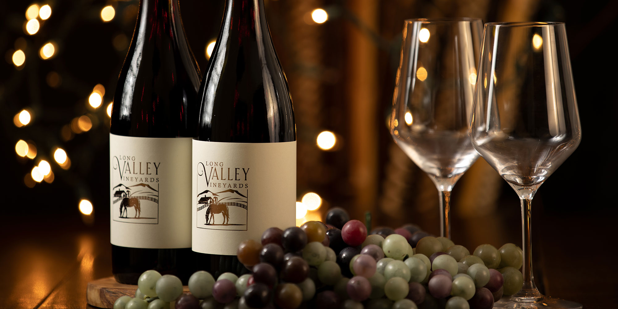 EQ Graphics | Custom Winery Branding Logo Featuring a Valley Drawing with a Line Art Design