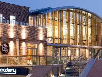 University_of_Leicester_Sports Prospectus_Design