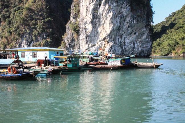 Pueblo pesquero de Halong Bay