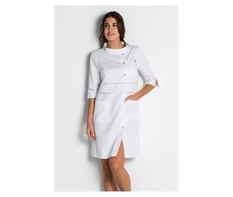 bata blanca centro estetica mujer