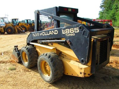 New Holland L865, LX865, LX885, LX985 Skid Steer