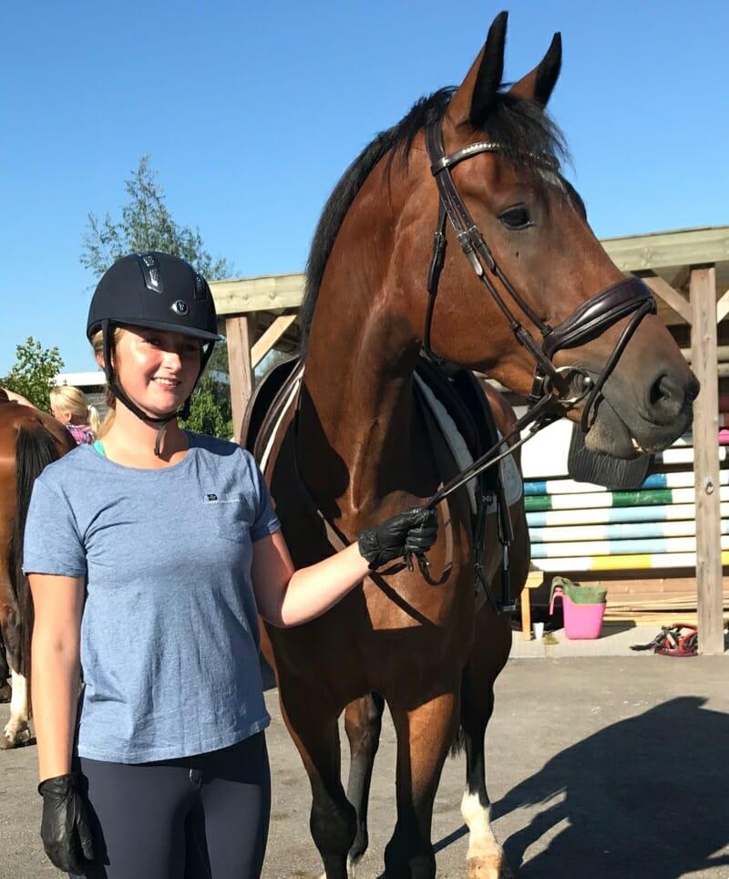 Yasmin Stuart Horse Trainer