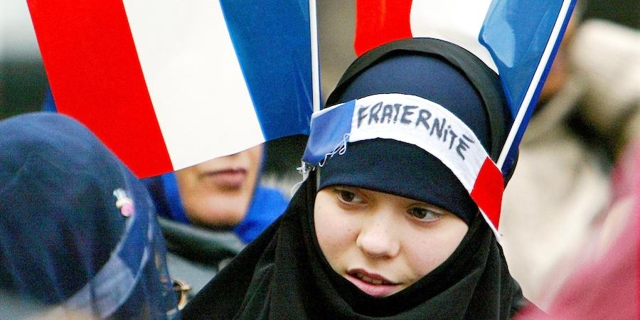 Kebangkitan Islam di Prancis, Populasi Muslim Terbesar Eropa – Eramuslim