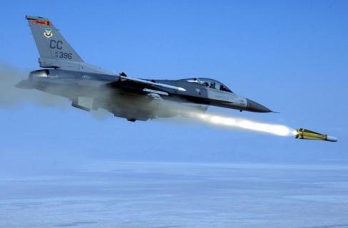 jet F16