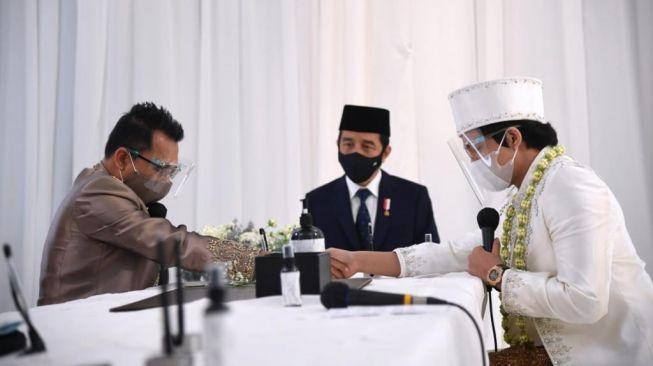 Presiden Jokowi Hadiri Pernikahan Atta dan Aurel, Netizen Sindir Petamburan