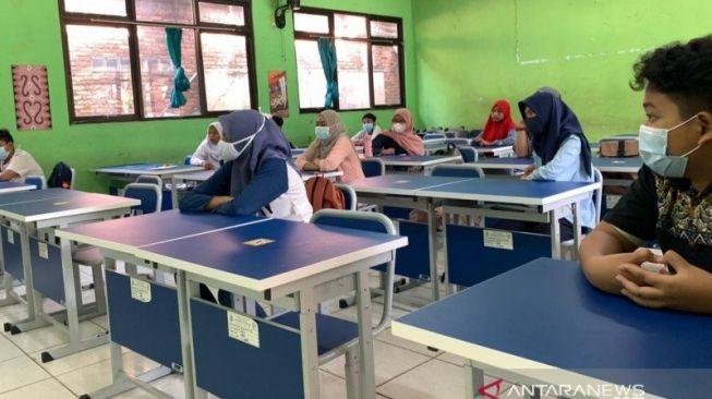 Resmi! Muhammadiyah Minta Sekolah Ditutup karena COVID-19 Indonesia Memburuk