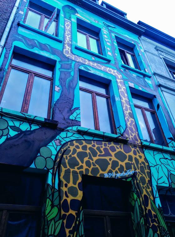 girafa graffiti