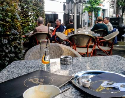 The bistro: café, sol, agua y paz
