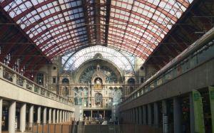 Estación Antwerpen-Centraal