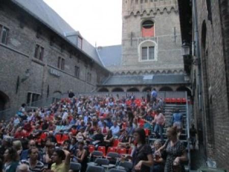 IMG_2945 Música en la plaza del campanario de Brujas: Moods! - IMG 2945 300x225 - Música en la plaza del campanario de Brujas: Moods!
