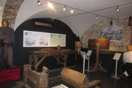 31.07_Bruges (21) (FILEminimizer) De Oude Steen y el museo de la tortura - 31 - De Oude Steen y el museo de la tortura
