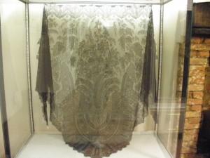 museo del encaje de brujas - P1171459 300x225 - Museo del encaje de Brujas