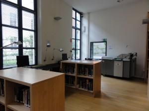 Facultad de Ciencias de la comunicación, Gante - biblio 300x224 - Facultad de Ciencias de la comunicación, Gante