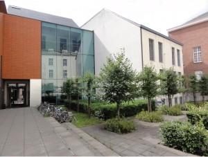 Facultad de Ciencias de la comunicación, Gante - facultad ciencias 300x227 - Facultad de Ciencias de la comunicación, Gante