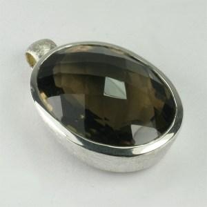 AN89-06 Rauchquarz 26 22x29 mm oval