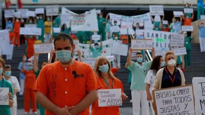 Ισπανία: 2000 εργαζόμενοι στον τομέα της υγείας απολύθηκαν κατά το δεύτερο κύμα του covid19