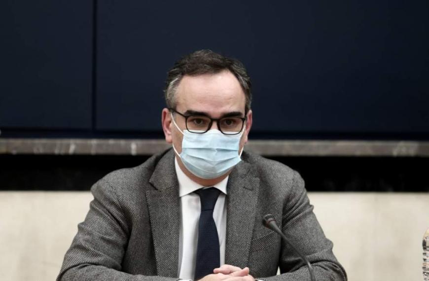 Συνεδριάζουν οι νοσοκομειακοί γιατροί μετά τις προκλητικές δηλώσεις Κοντοζαμάνη