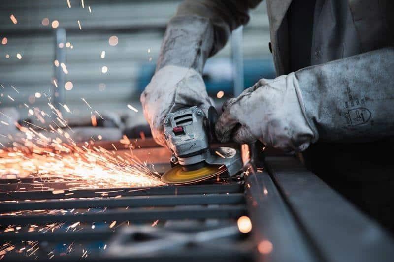 Μείωση εισφορών για εργαζόμενους στον ιδιωτικό τομέα – Εγκύκλιος e-ΕΦΚΑ