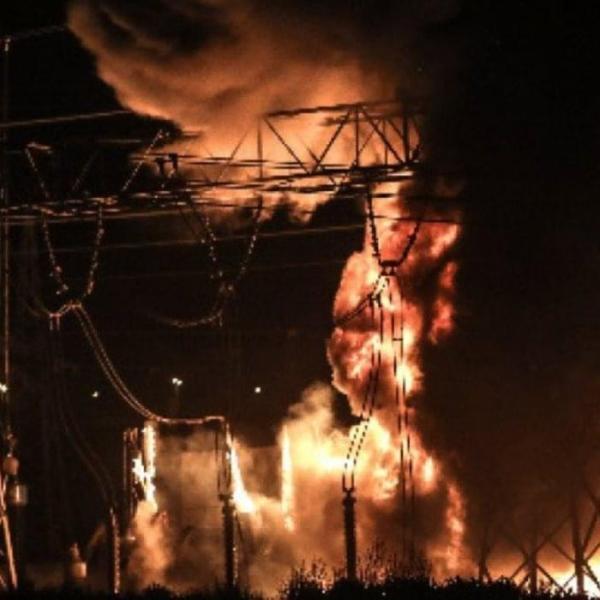 ΓΕΝΟΠ/ΔΕΗ: Πυρκαγιά στο Κ.Υ.Τ. Κουμουνδούρου/Άμεση η κινητοποίηση των εργαζομένων σε ΑΔΜΗΕ και ΔΕΔΔΗΕ