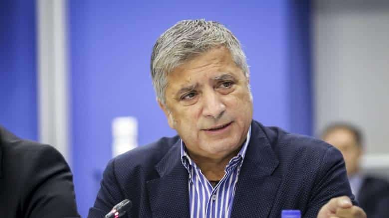 Πατούλης: Προσλαμβάνει 4 δημοσιογράφους για να αντιμετωπίσει τον κορωνοϊό (έγγραφο)