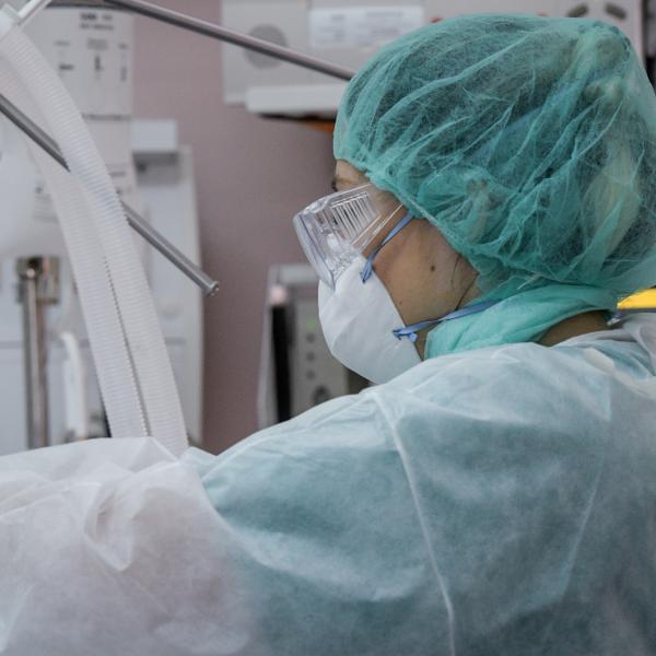 Ασθενείς πέθαναν περιμένοντας τα χειρουργεία που είχαν «παγώσει»