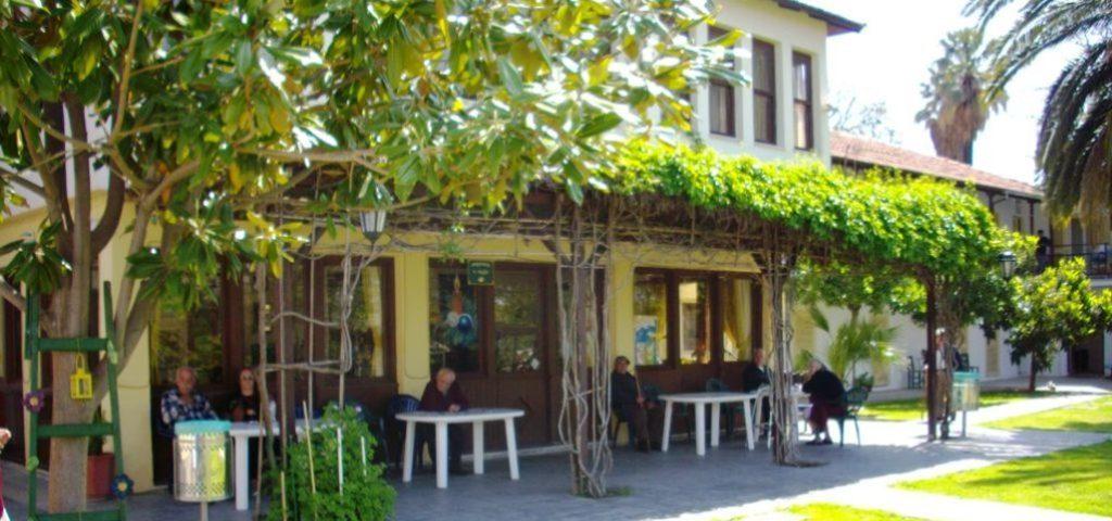 Βόλος: Σε επ' αόριστον αναστολή εργασίας 10 εργαζόμενοι στο Γηροκομείο
