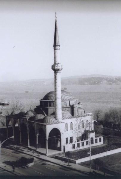 1958 yılında yapılan onarımdan sonra cami