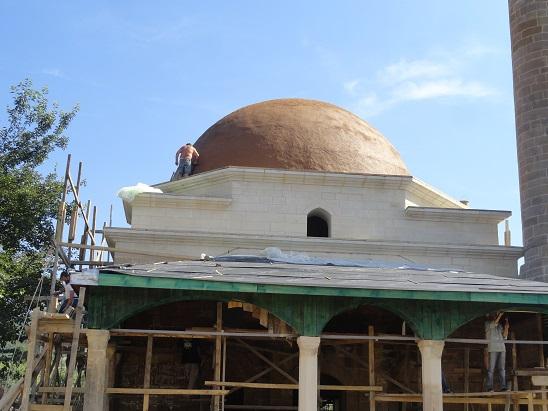 Son cemaat sütun üst kısımları ahşap kemer sistemi ile geçilmiştir (fotoğraf 25)