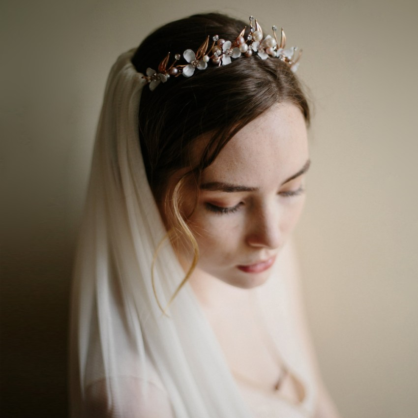 silk panel veil & bridal crown