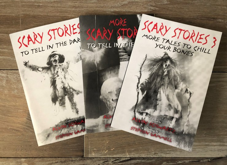 Book Review] Scary Stories To Tell In The Dark - Erica Robyn Reads