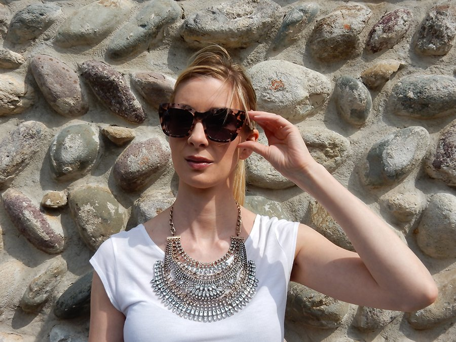 How-to-wear-statement-necklaces-2
