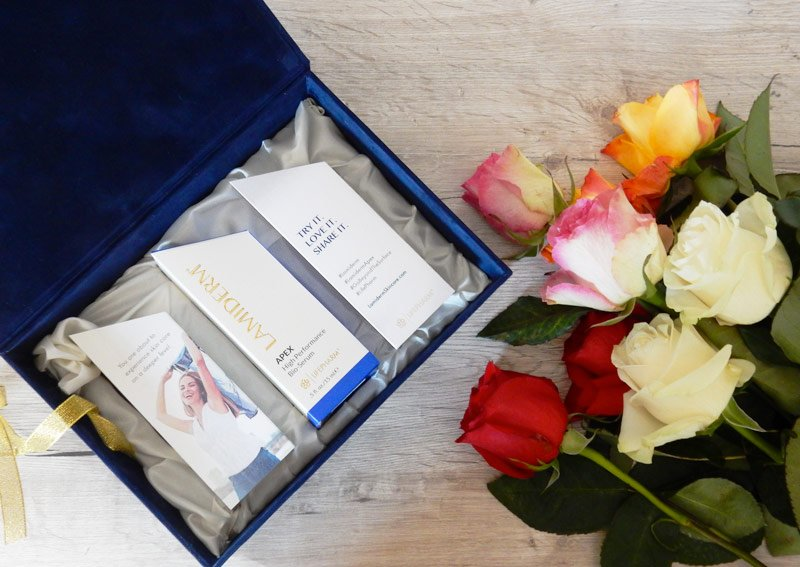Recently, I have had the chance to try the LamiDerm Apex High Performance Bio-Serum, an innovative product that restores the skin tone.