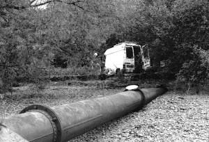 Le ruisseau canalisé dans un tuyau