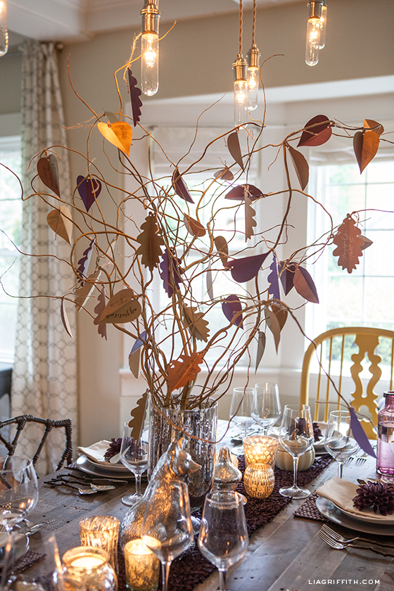 This Thanksgiving Tree by Lia Griffith is absolutely enviable, right?