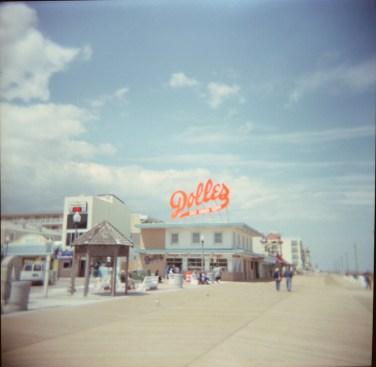 Dolles (Plastic Lens Capture)