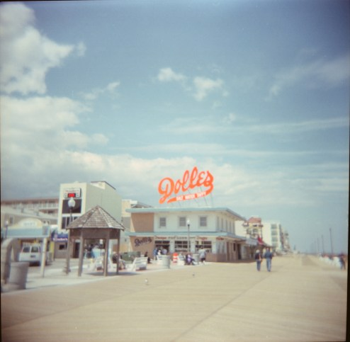 Dolles (Plastic Lens Capture)