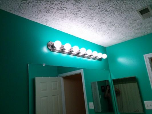 Bathroom New Paint-55