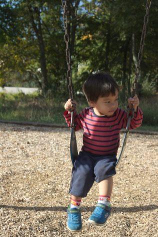 Sam swinging