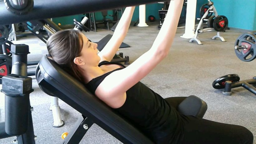 Rachel on incline chest press yesterday (tricep definition starting to come through!)