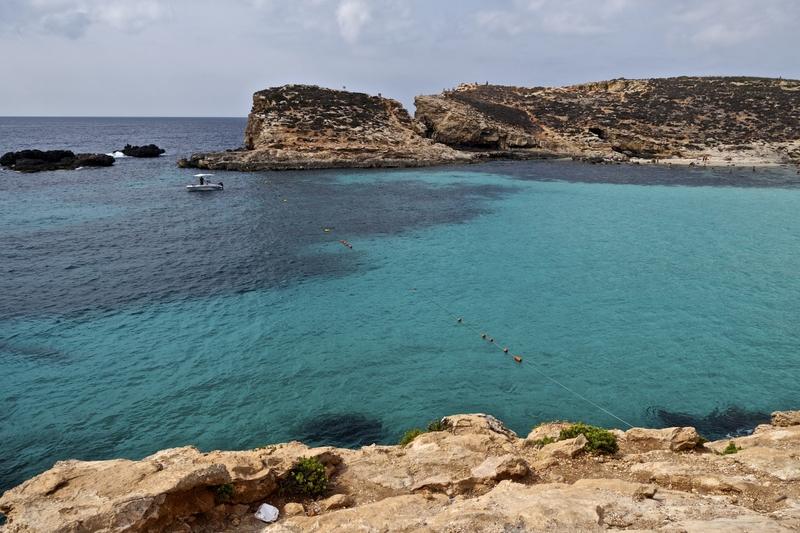 blue lagoon in comino malta