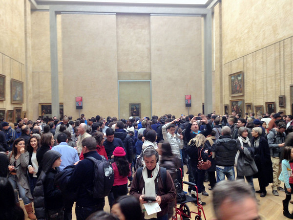 Mona Lisa (and her crowd) in the Louvre