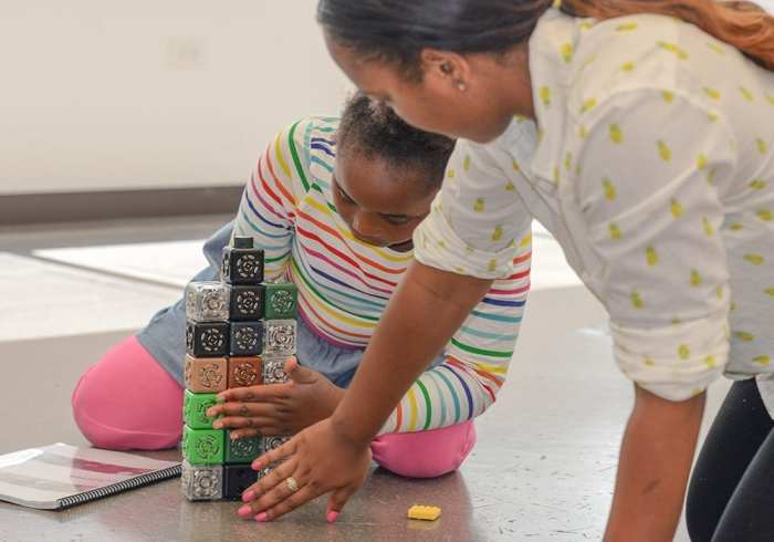 tec-at-erikson-discovery-robots-code-and-coding