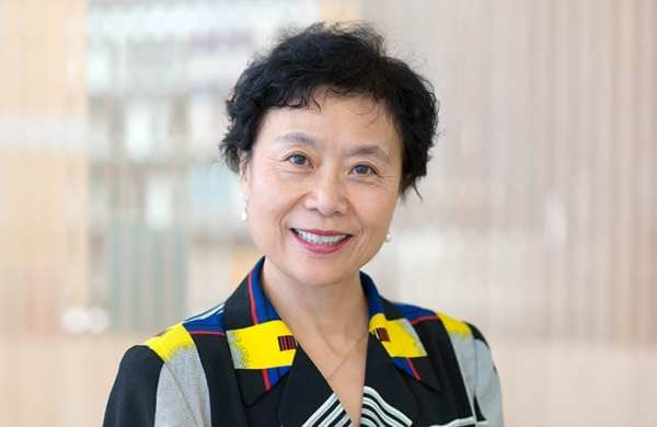 Jie-Qi Chen