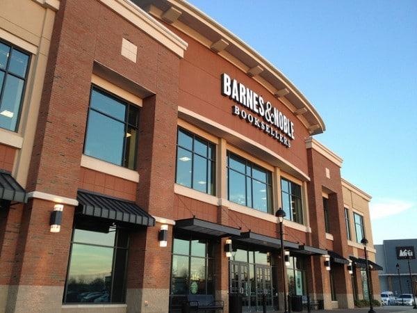 Barnes & Noble storefront