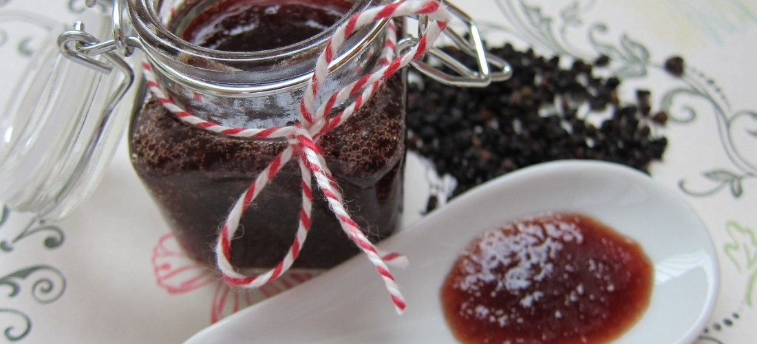 Using Elderberry Syrup and Gummies to Stay Healthy