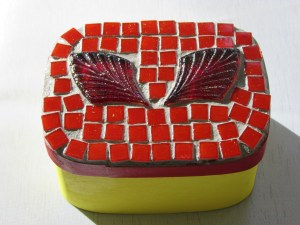 Photo of red Mosaic Box