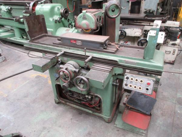 TOS horizontal spindle surface grinder