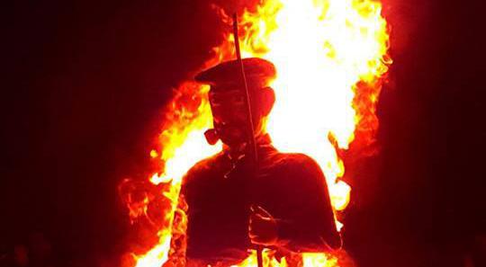 El fuego quemará lo malo de 2017 y Olentzero se despedirá hasta 2018