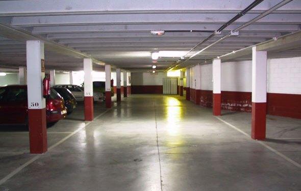 42 euros al mes por el alquiler de una plaza de aparcamiento nocturno en el centro de Ermua