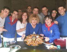 La charanga Urzaleak gana el concurso de paellas